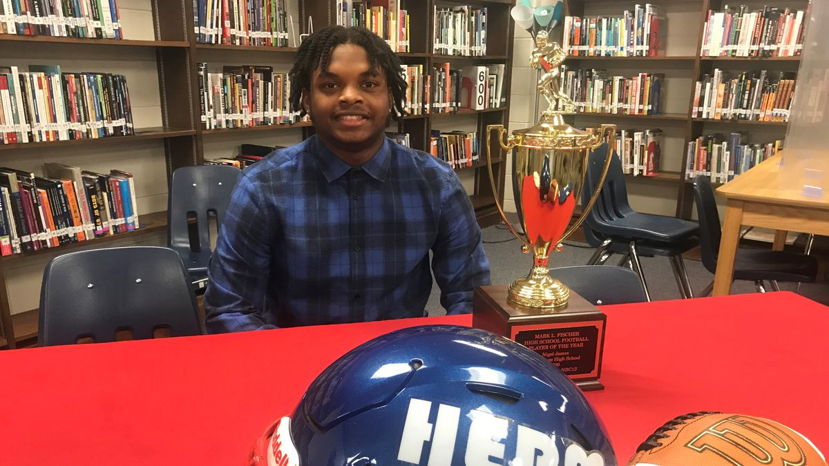 Hermitage running back Nigel James won the 2020 Mark Fischer Player of the Year Award.