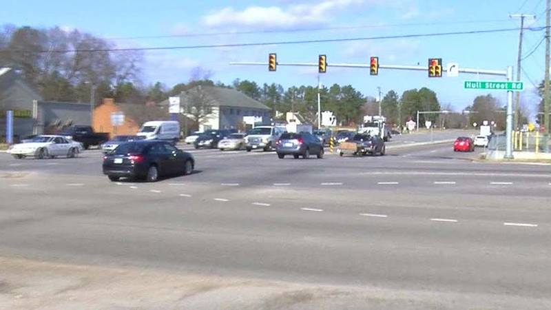 NBC12 spotted several red light runners at the intersection of Hull St. Rd. and Courthouse....