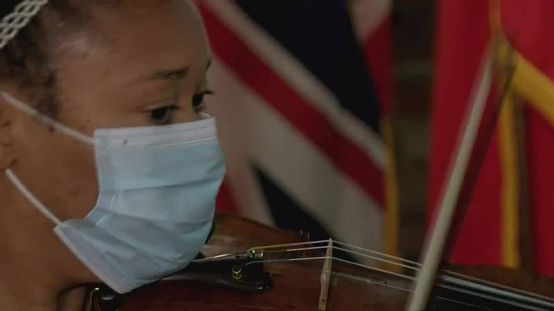 'Music is one way we're all united': 'Violins of Hope' exhibit on display at 3 Richmond museums