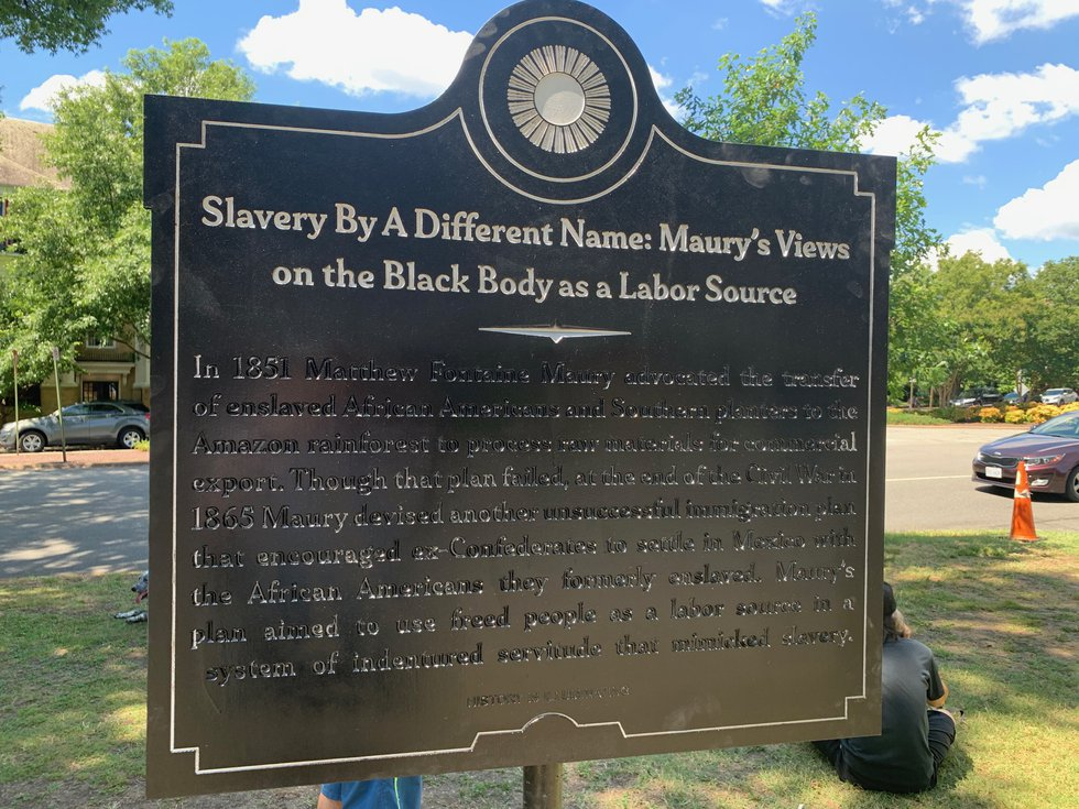 New historical markers are popping up in place of Confederate monuments across Richmond.