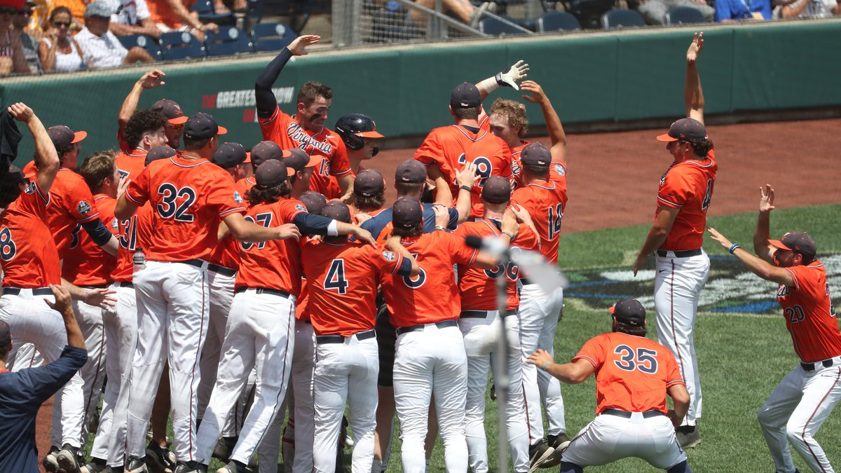 The Cavaliers celebrate Logan Michaels home run in the 4th inning.