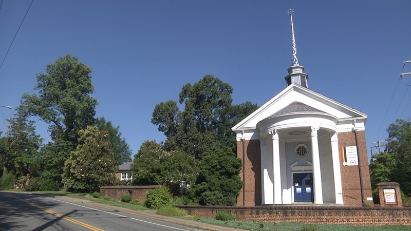 Thomas Jefferson Memorial Church congregation votes to remove Jefferson's name from the church