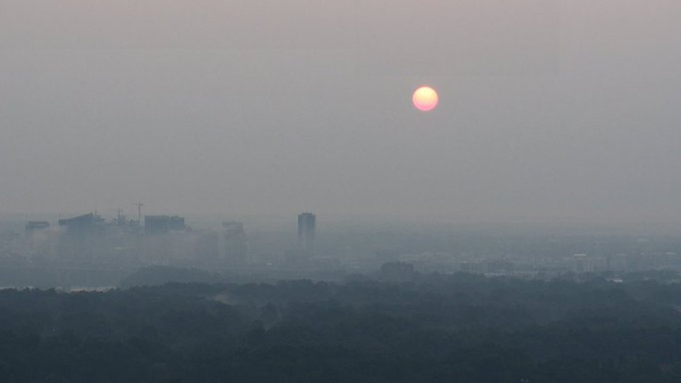 Smoke from Western Wildfires bring an orange tint to the morning sun.
