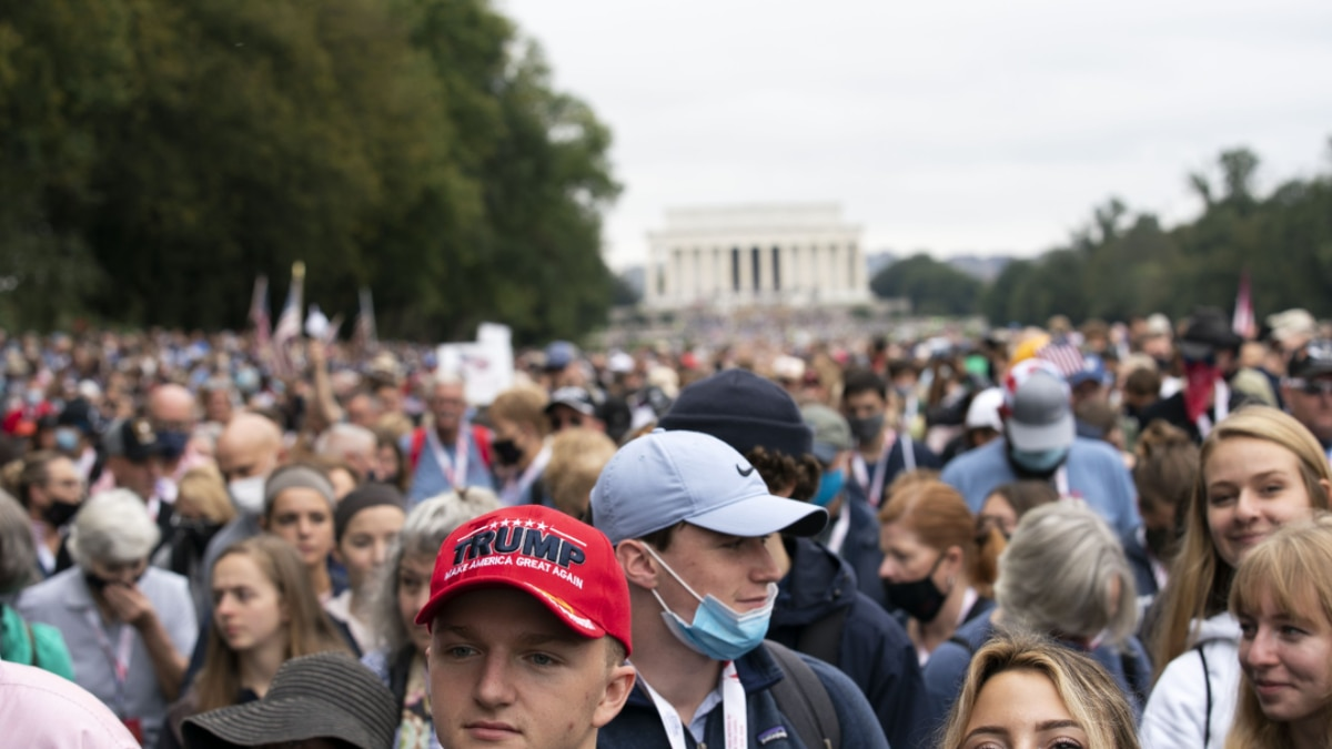 Followers of Franklin Graham march from the Lincoln Memorial to Capitol Hill, during the Prayer...
