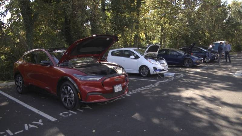 Electric vehicles at Silk Mills Building
