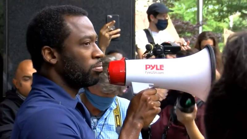 Richmond Mayor Levar Stoney met with protesters Tuesday morning after police deployed gas on...