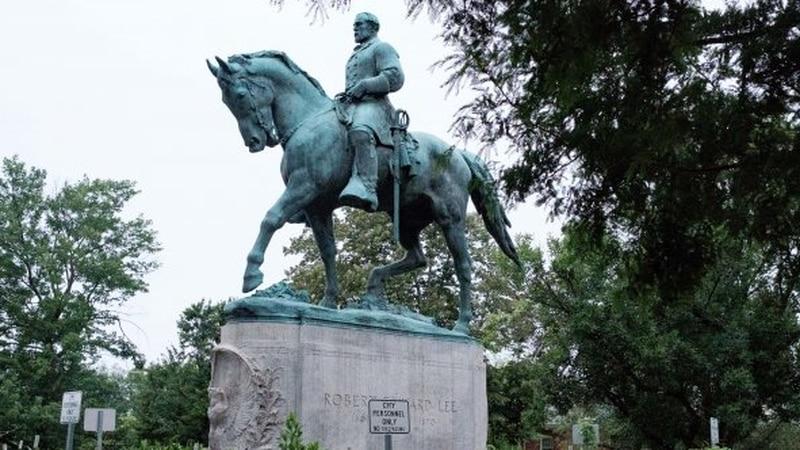 A statue of Confederate Gen. Robert E. Lee in Charlottesville that white supremacist protesters...