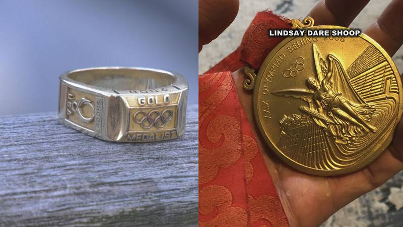 Lindsay Dare Shoop's Olympic ring and gold medal.