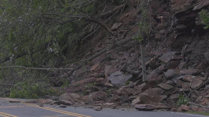 Rockslide closes Route 250 in Afton