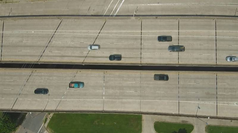 FILE: Cars on an interstate