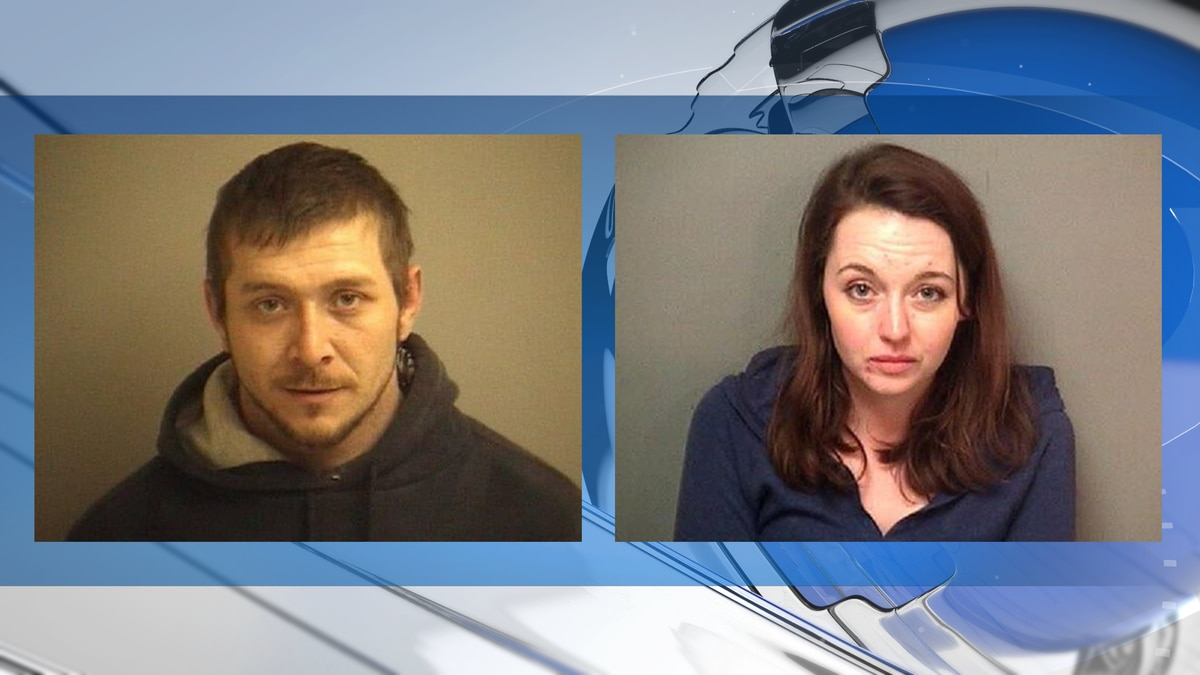 James Steven Armstrong and Carly Michelle Mattingly are wanted on child abduction charges.