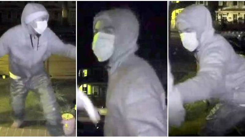 Richmond police are trying to identify an armed robbery suspect who chased after a victim on...