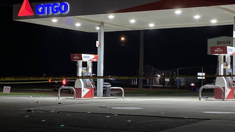 Petersburg Police are investigating a double shooting that sent two people to the hospital.