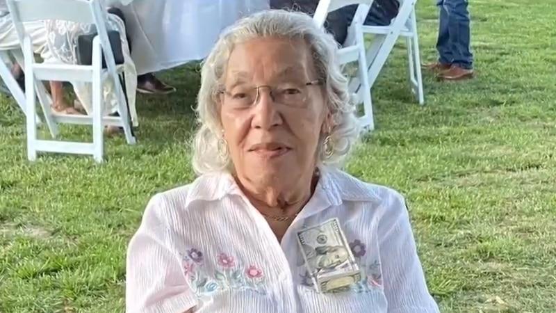 Maxine Anderson Wright was born in 1921.