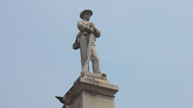 A circuit court judge has ordered the removal of a confed5rae statue that stands near the...