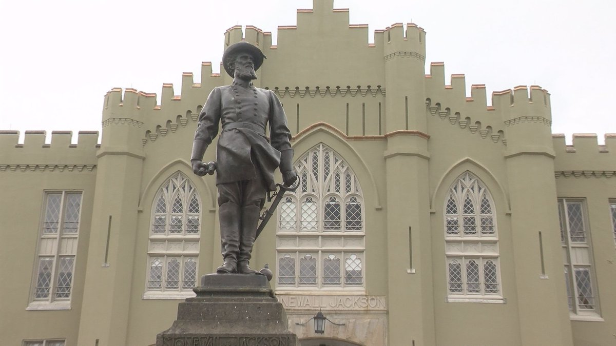 Stonewall Jackson statue at Virginia Military Institute.