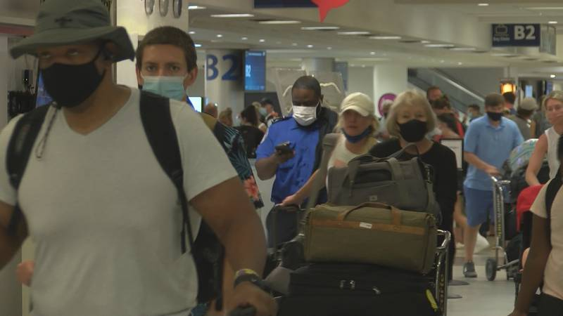"""Many flyers say airport was """"back to normal"""" after busy travel weekend"""