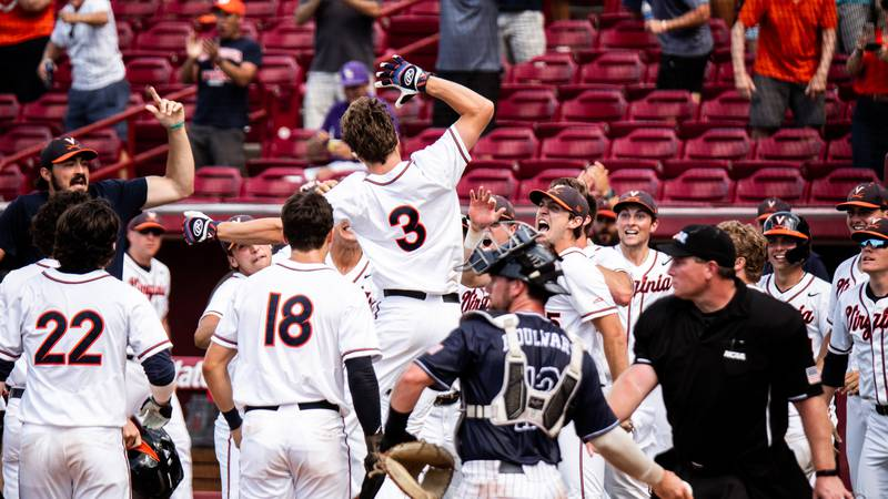 Kyle Teel celebrates his grand slam in the 7th inning