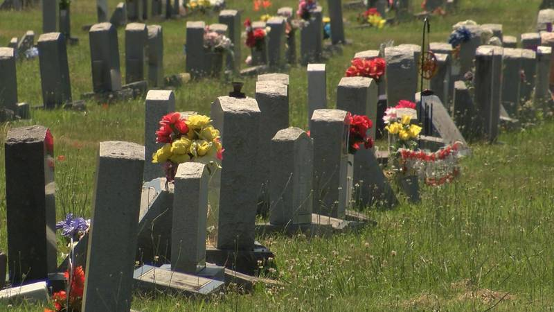 A family is upset after they went to the cemetery to bury a loved one only to find the wrong...