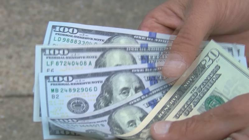 Generic money/$100 bills